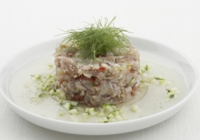 Ceviche van tonijn en Sint-Jakobsvruchten met venkel en courgette