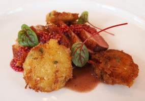 Eendenborstfilet met rood mosterdzaad en tijmrösti