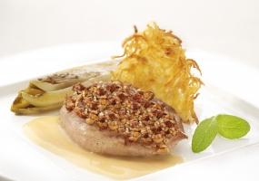Fazantenfilet met hazelnootjes en een Calvadossausje, witloof en knolselder