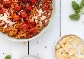 Griekse orzo met tomaten