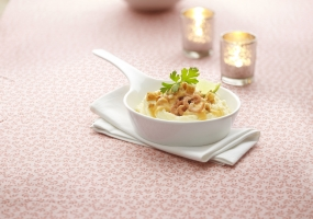 Aardappelmousseline met garnalen en kreeftenbotensausje