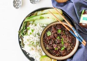 Carbonnades à l'orientale, riz et pak-choï piquant