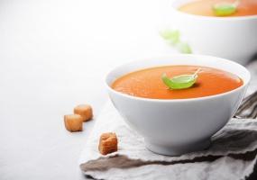 Gazpacho de tomates, frais et estival!